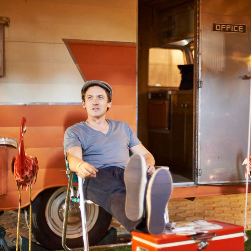 Alumnus Lucas Spivey is on a mission to help artists, all from the comfort of a 1957 Shasta camper.